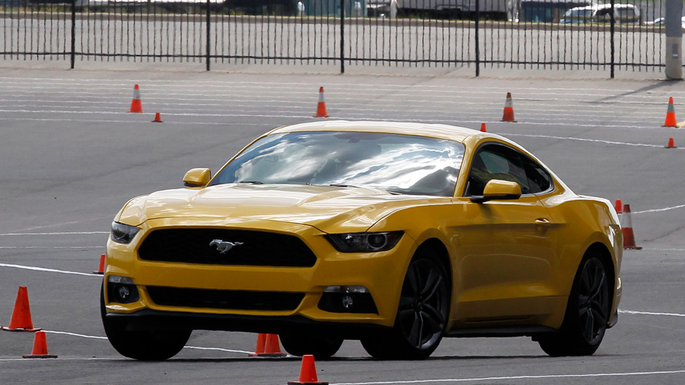 2015-EcoBoost-Ford-Mustang