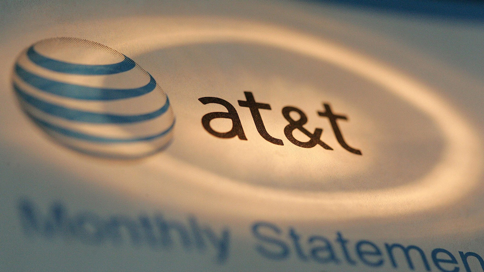 AT&T-pays-fine-to-FCC-FTC