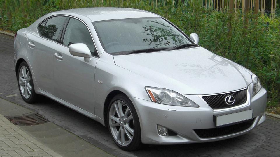 Toyota-recalls-Lexus
