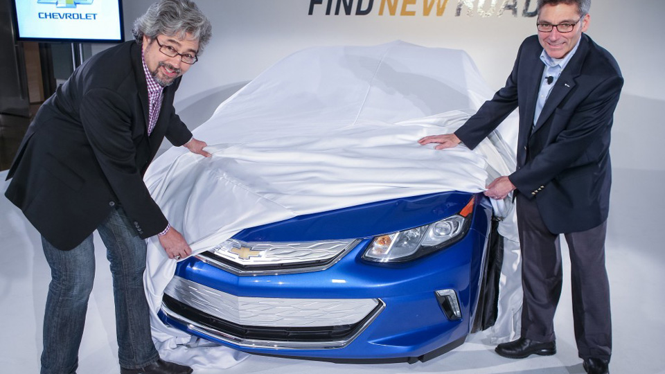 2016-chevrolet-volt-teased