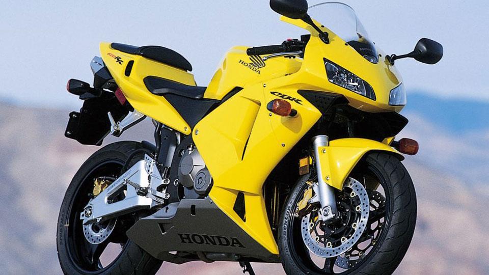 Honda-builds-300,000,000-motorcycle