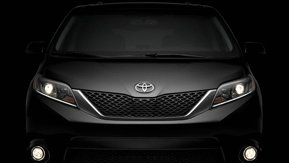 Toyota-Recalls-2015-Sienna-Minivans