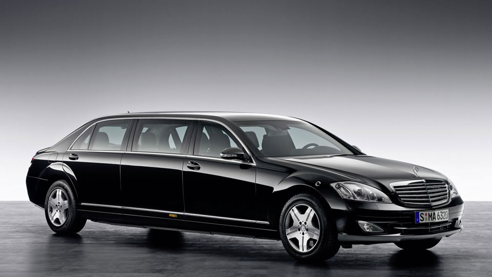 Mercedes-Benz-Maybach-Pullman-limo