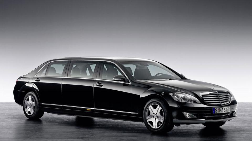 Mercedes-Benz-Maybach-Pullman-limo