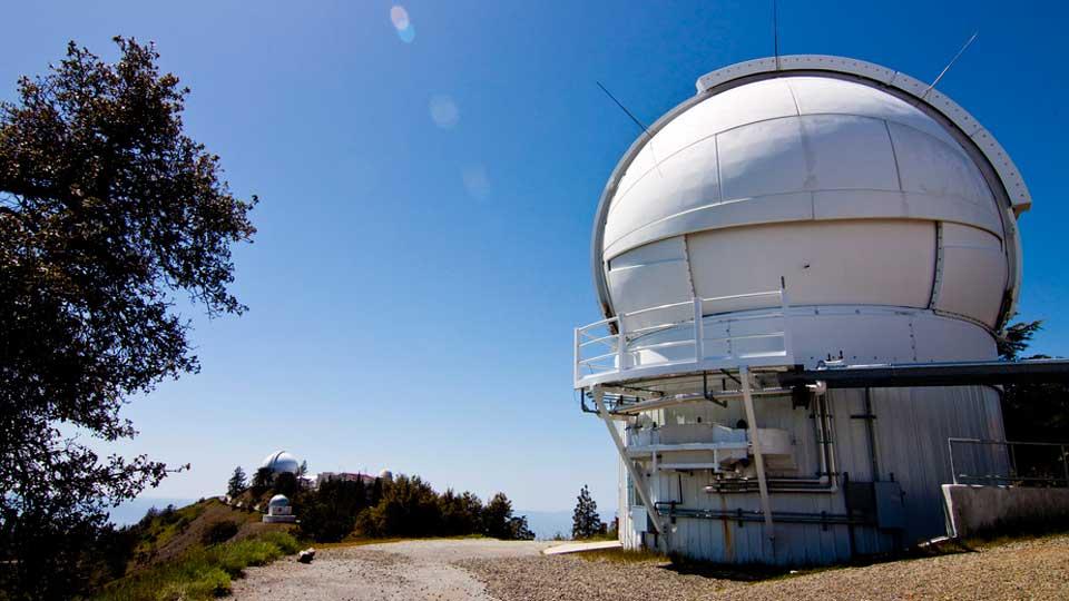 Robotic-telescope-Super-Earths