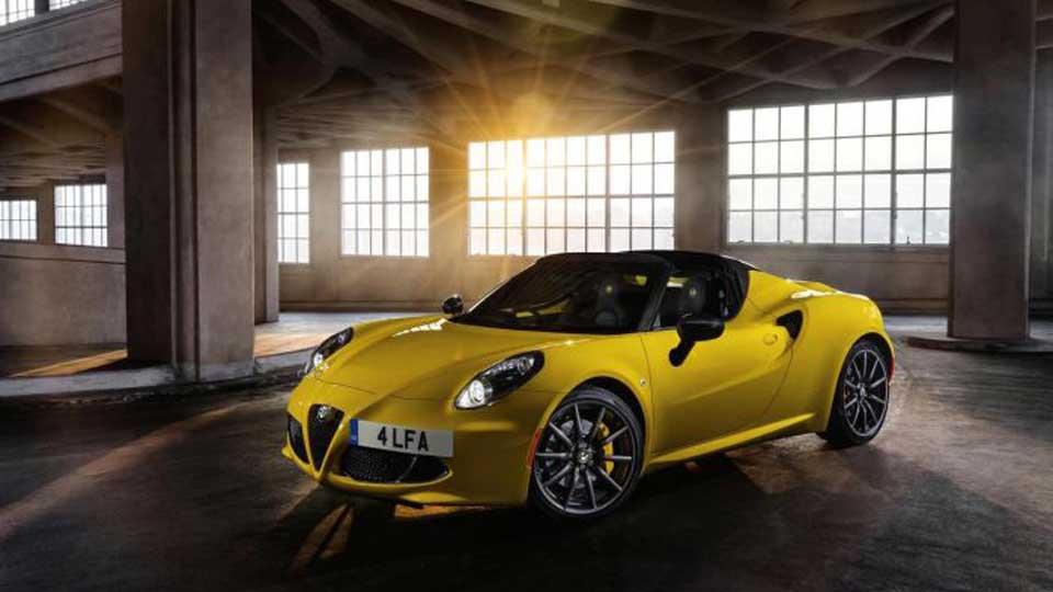Alfa-Romeo-4c-Spider-1