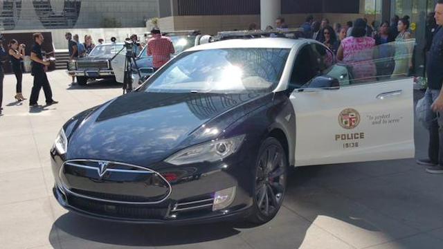 LAPDA-Tesla-S-Hoops