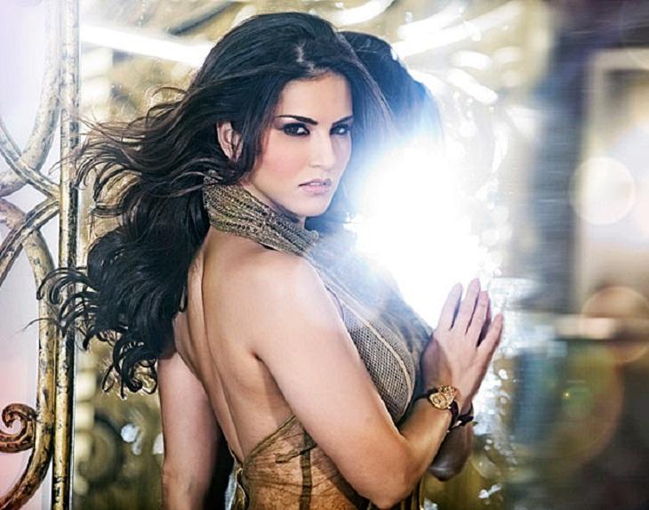 Do peg maar video song one night stand sunny leone neha kakkar tony kakkar tseries youtube - 3 5